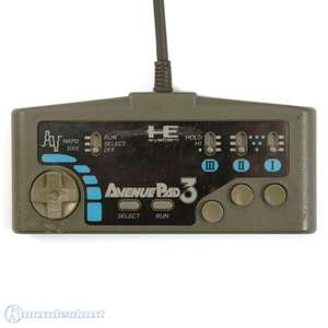 Original 3 Button Controller / Pad #schwarz Avenue Pad 3 NAPD 1001 [NEC]