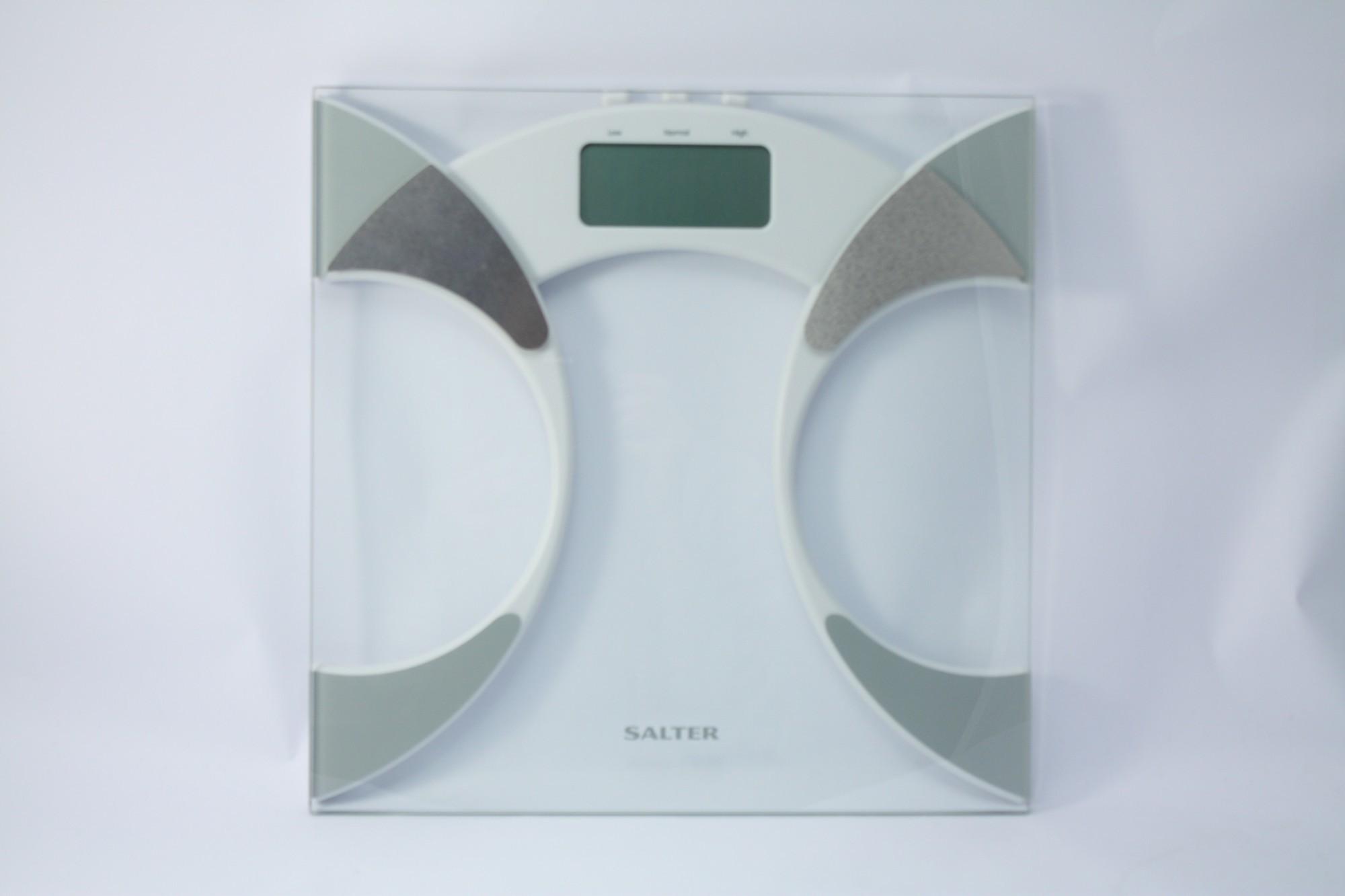 Ultra Slim Personenwaage / Waage für Körperfett [Salter]