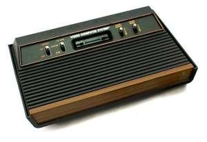 Konsole CX-2600 AP #4 Schalter Holz-Design + Spiel + 4 Controller + Zubehör