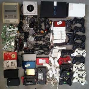 Wii, PS2, GameCube, SNES, DS Lite, Controller, Platinen, Cases, Zubehör