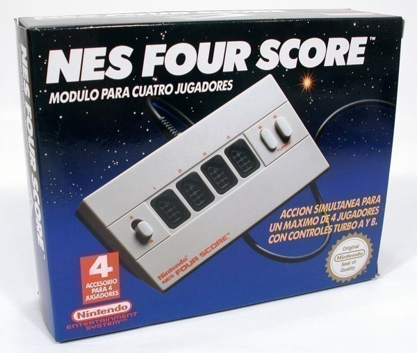 Original Nintendo Four Score / 4 Spieler Adapter / FPA-PAL-S01 9112 B